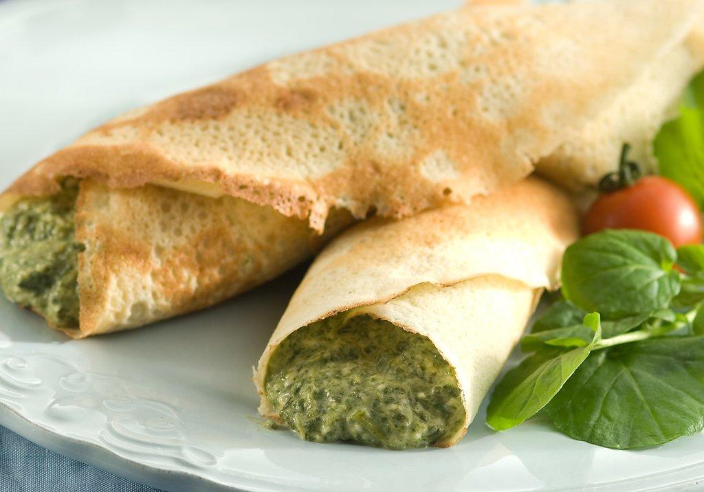 Panqueca de quinua com espinafre e queijo