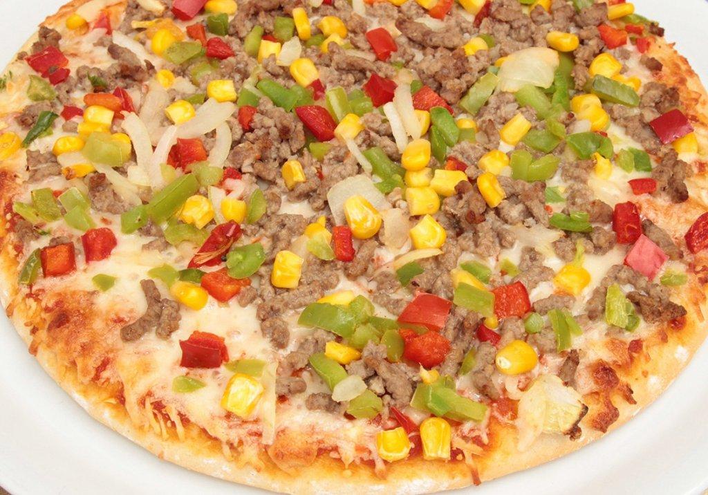 Pizza de carne moída e tofú