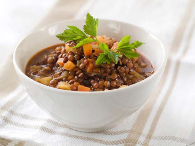Sopa de lentilha com músculo