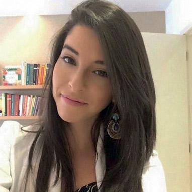 Camila Parente
