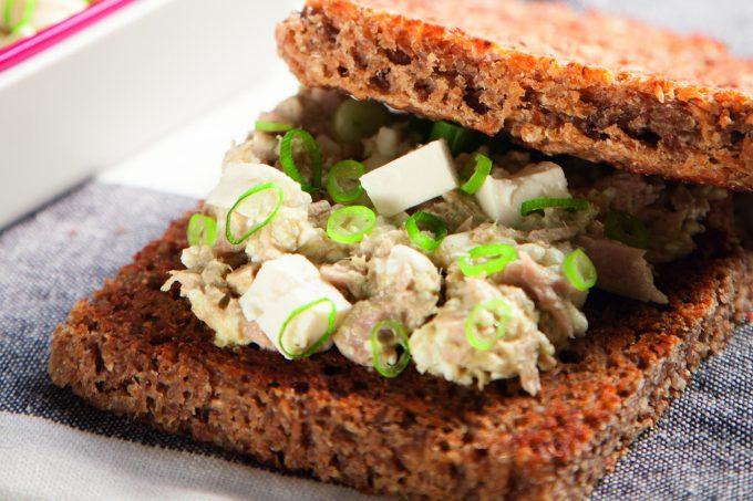 sanduíche proteico e rico em fibras