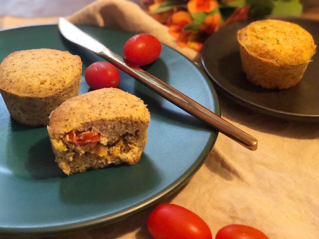 Muffin low carb de atum com creme de ricota de búfala