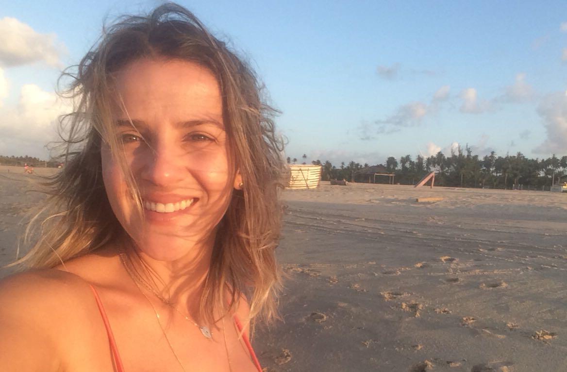 Jade Machado conta o que achou do creme para pentear da Neutrox