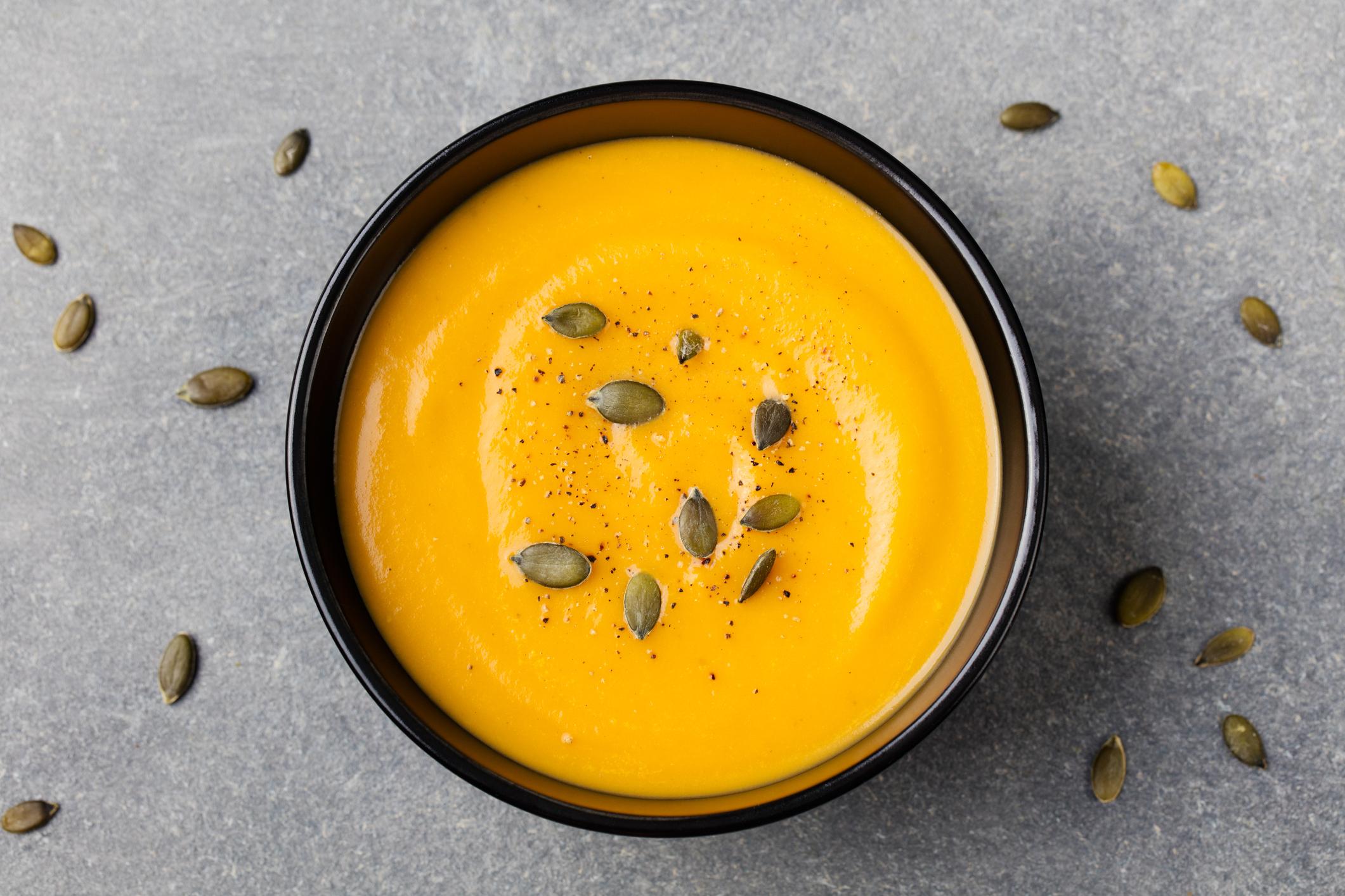 Receita de sopa de abóbora com gengibre