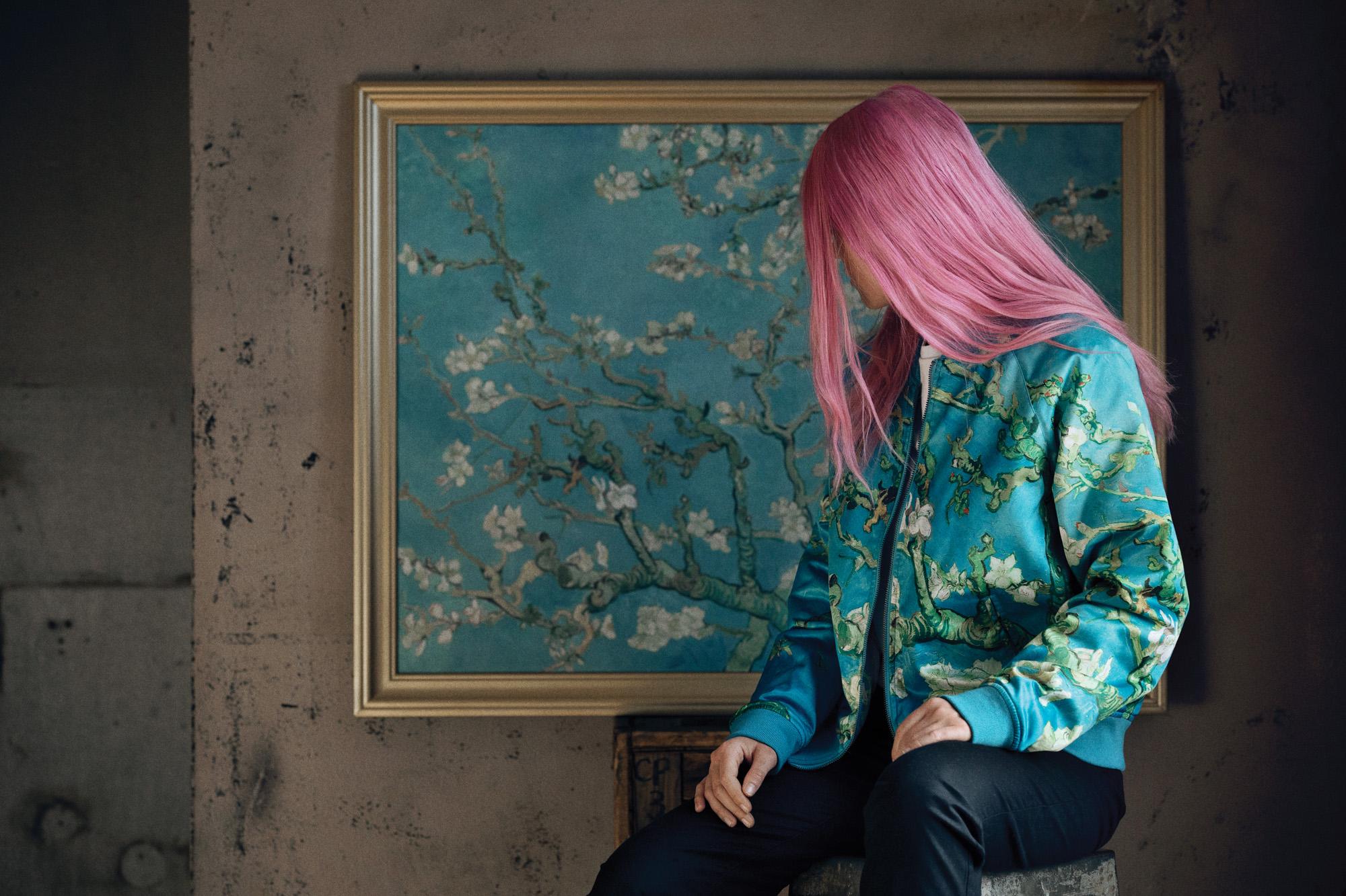 Jaqueta da coleção da Vans com o Museu Van Gogh
