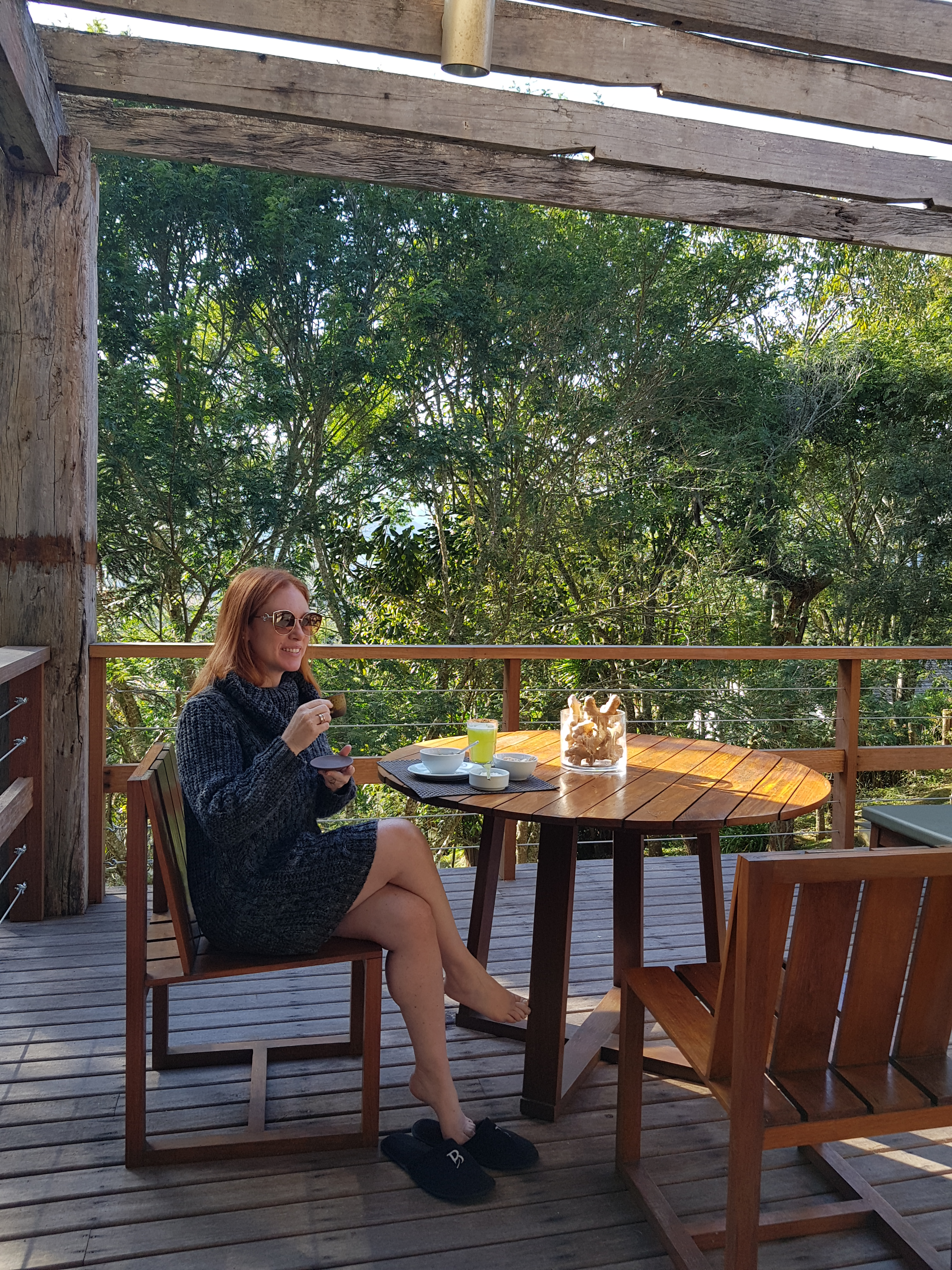 Cacá Filippini durante café da manhã na Serra da Mantiqueira