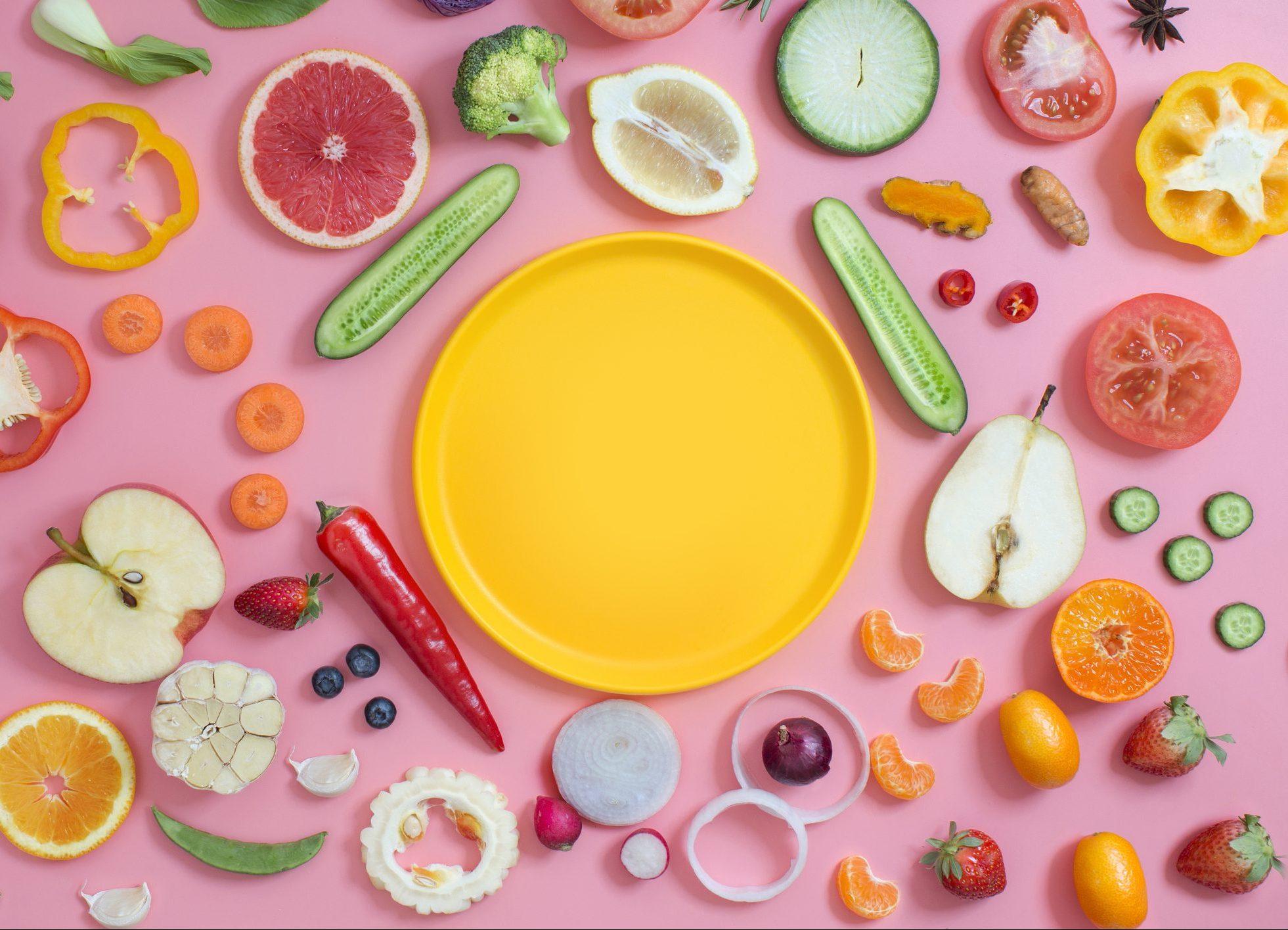 gettyimages-1176525416-e1597953414214 Prato colorido: Conheça a dieta da primavera e deixe seus pratos mais coloridos