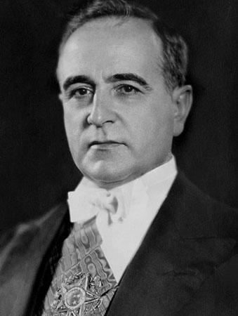 Getúlio Vargas (1930-45 e 1951-54)