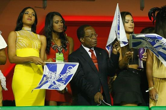 Teodoro Obiang assiste à Beija-Flor