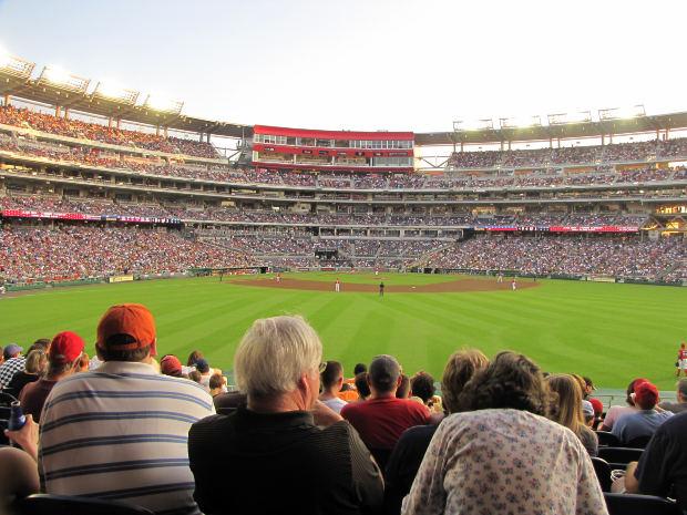 Quando você estiver em um estádio, lembre-se que graças ao engenheiro civil ele foi construído (Créditos: Morgue File)