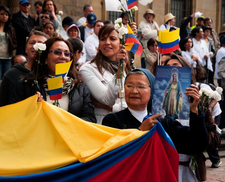 Protesto contra as Farc em Bogotá, na Colômbia (imagem: iStock)