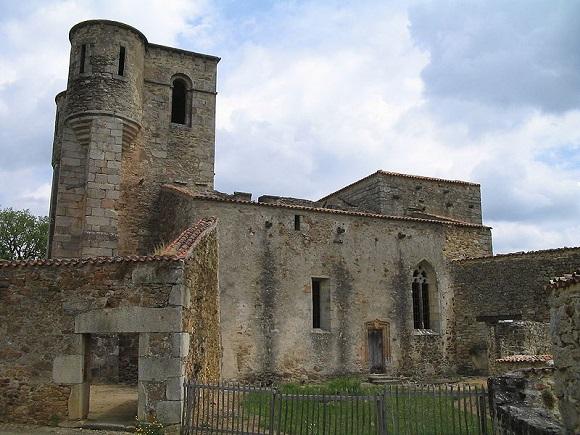 oradoursurglane-igreja2