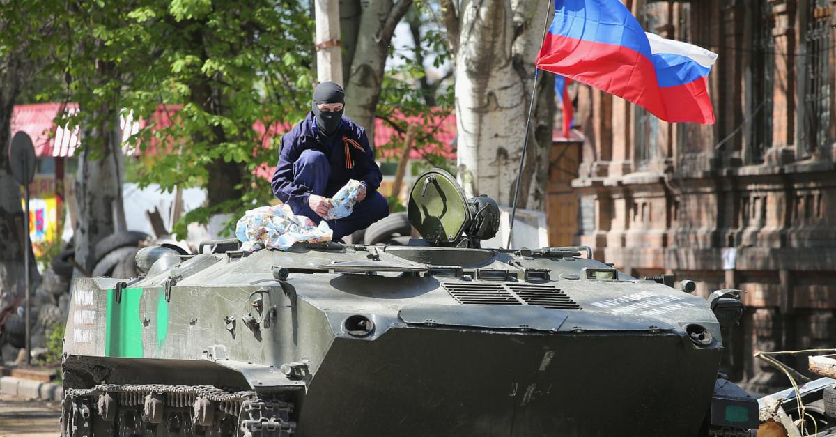 A Rússia é acusada de fornecer armamentos e munições para os rebeldes da Ucrânia (foto: GettyImages)