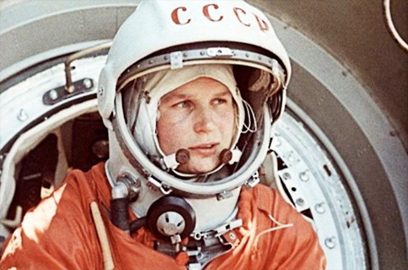 Valentina a bordo da nave Vostok 6 (Imagem: Agência Espacial Federal Russa/Divulgação)