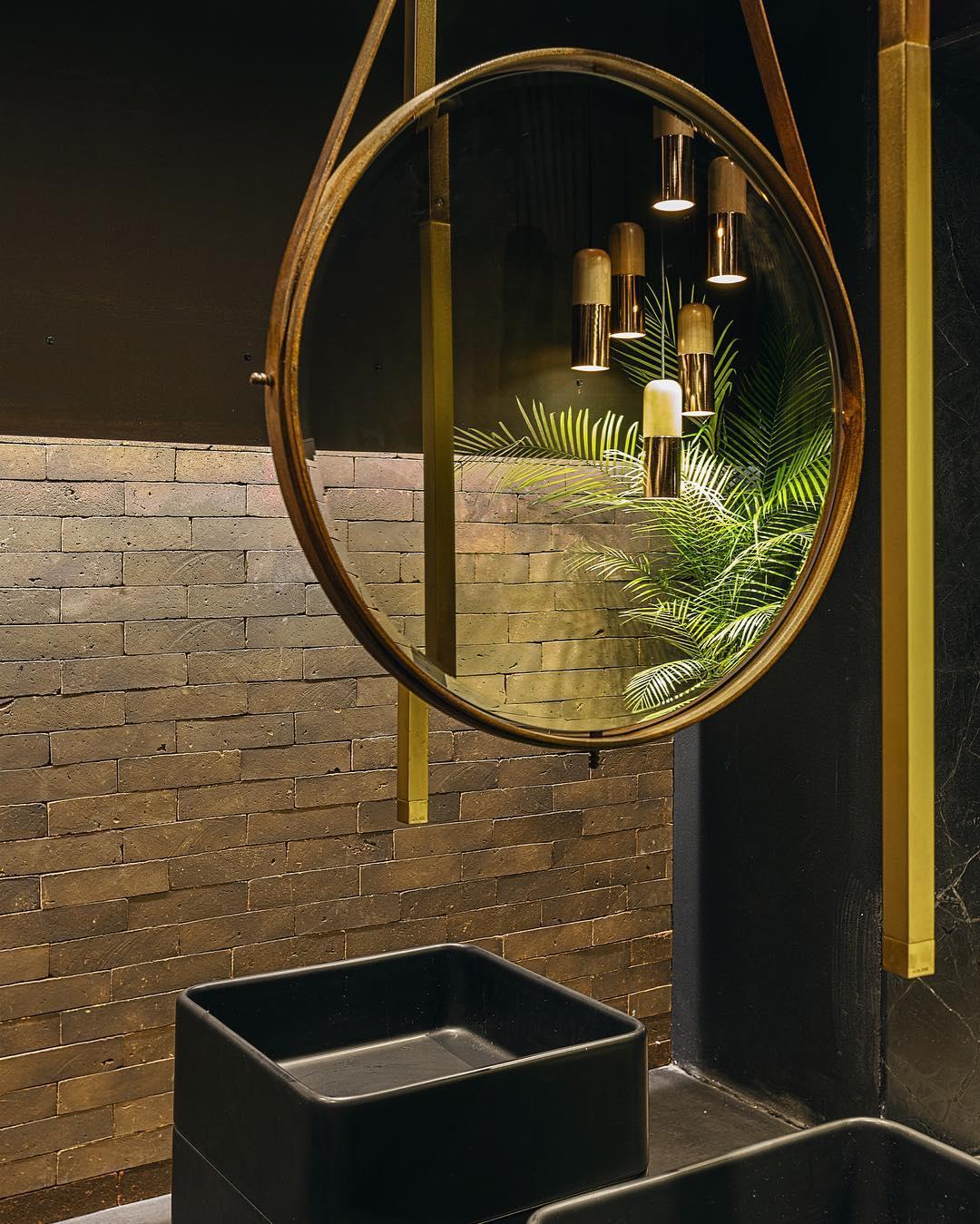 04-banheiro-publico-go-elton-rocha