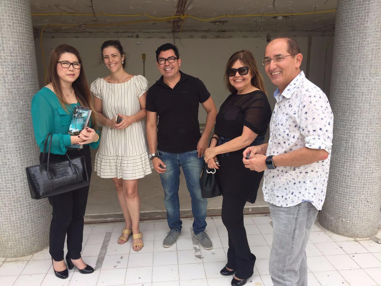 Ana Cristina Nakano, Michele Viana, Bethania Tejo e os franqueados Rocardo Castro e Cesar Revorêdo (1)