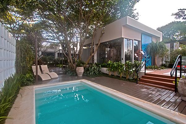 02-jardim-da-piscina-casacorsp