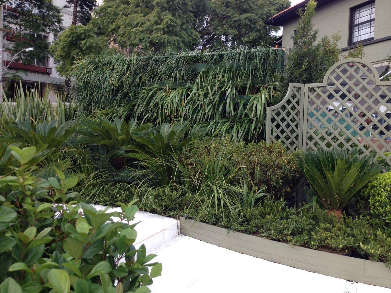 Projeto Fernando Thunm com jardins verticais da GreenWall Ceramic (1)