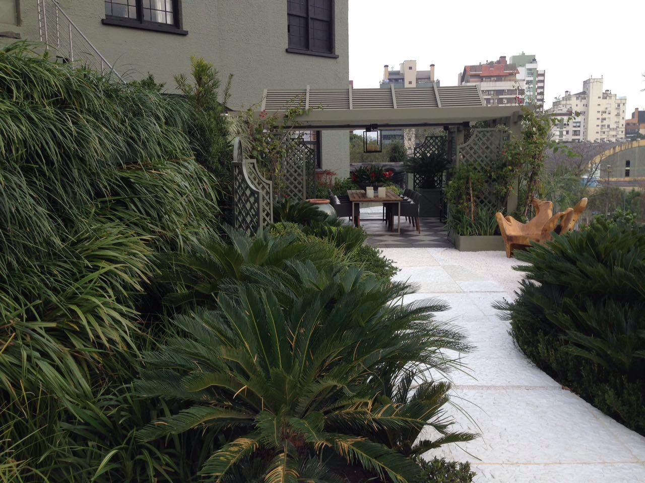 Projeto Fernando Thunm com jardins verticais da GreenWall Ceramic (5)