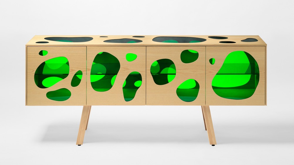 aquario-irmaos-campana-milao-2016-design-balcao-movel-3-1002x564