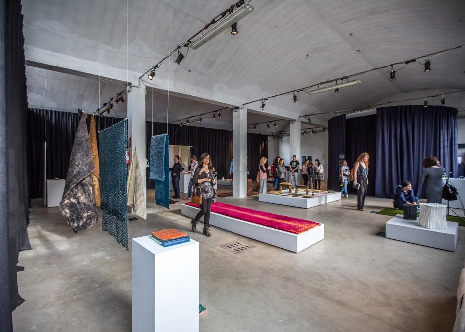 installation-exhibition-design-academy-eindhoven-touch-base-milan-design-week-2016_dezeen_936_17