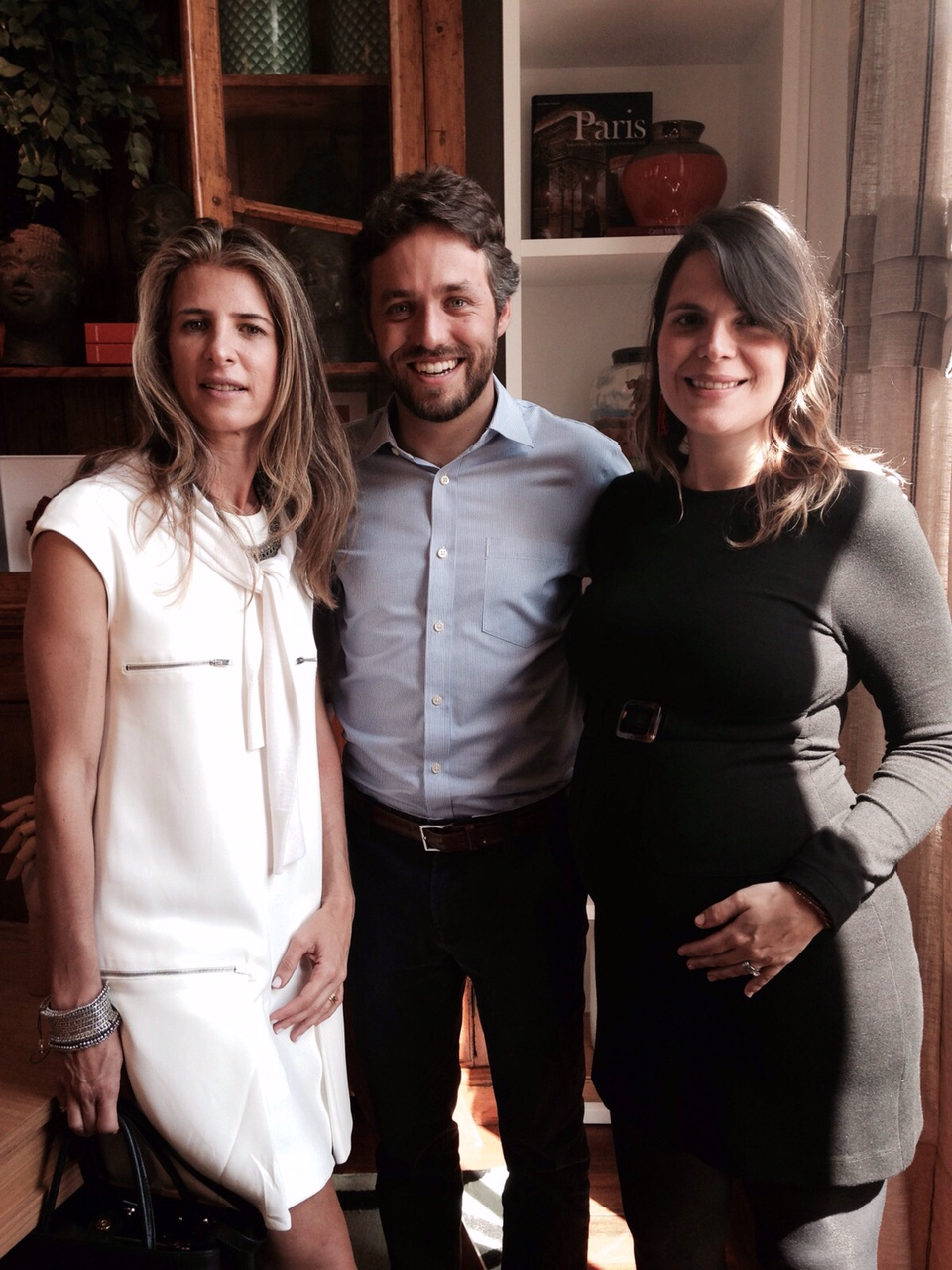 Lissa Carmona (Etel), Roberto Zuccolo (Entreposto) e Paloma Danemberg (A