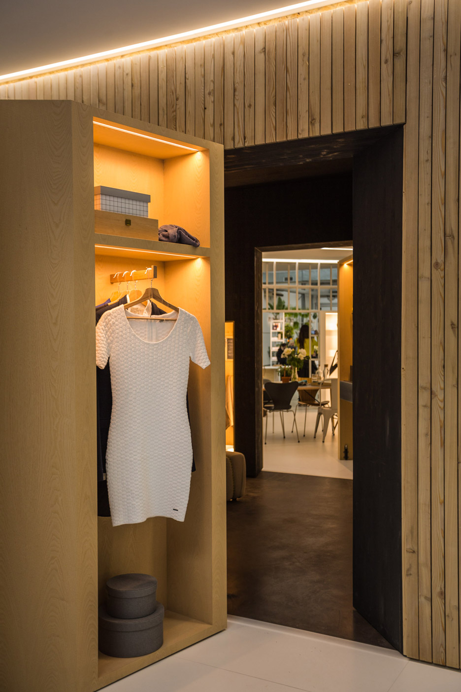 mini-living-installation-milan-design-week-2016_dezeen_936_4-1