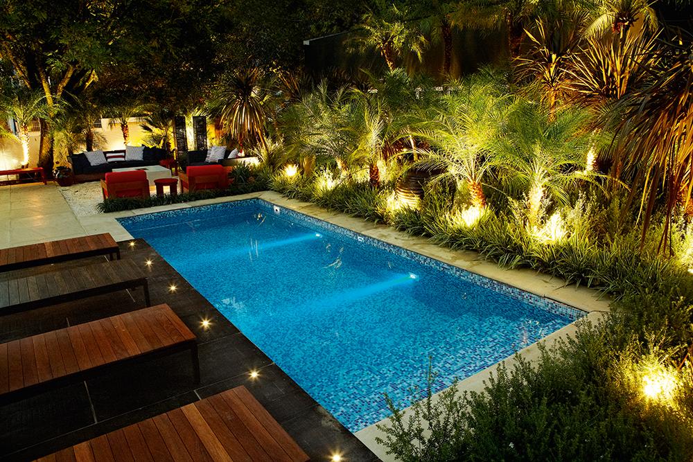 piscina pastilhada