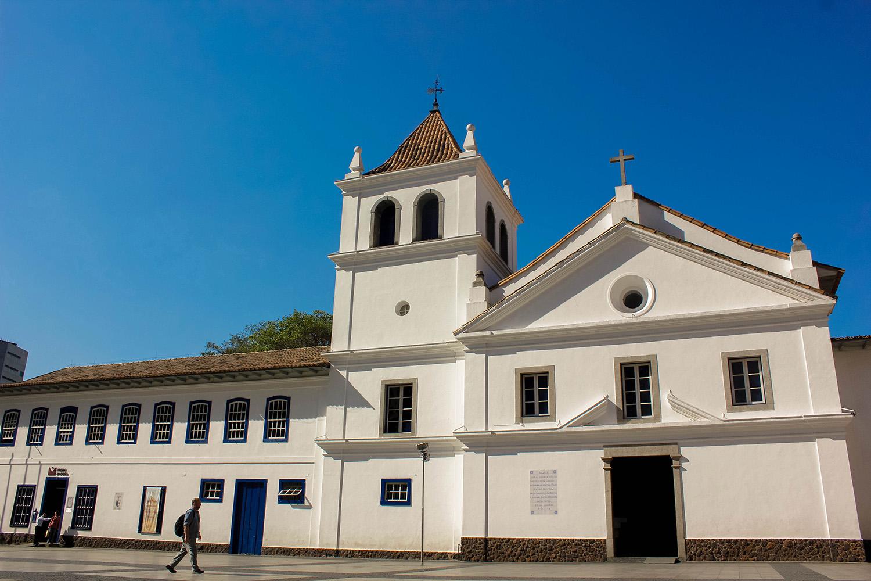 Conjunto arquitetônico do Pátio do Colégio, centro histórico da cidade.